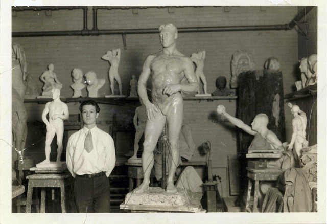 Fredericks at Cleveland School of Art 1926-1930.jpg