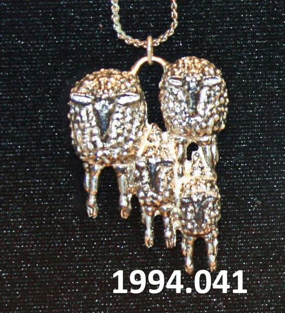 1994.041.jpg