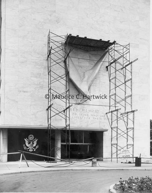 View of scaffolding surrounding Victory Eagle (American Eagle) at the Veterans Memorial Building in Detroit.jpg
