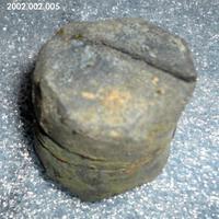2002.002.005.jpg