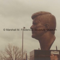 Close-up of the John F. Kennedy Memorial.tif