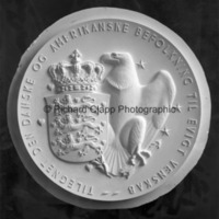 Face of the plaster model for Rebild American Independence Day Medal.jpg