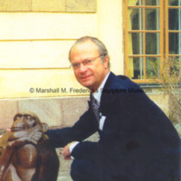 King Carl XVI Gustaf of Sweden with The Thinker.jpg