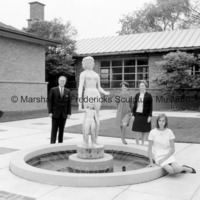 Marshall, Rosalind, Suzanne (Suki) and Rosalind Fredericks with Two Sisters Fountain.jpg