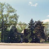 Marshall Fredericks' Roya Oak studio on Woodward Avenue.tif